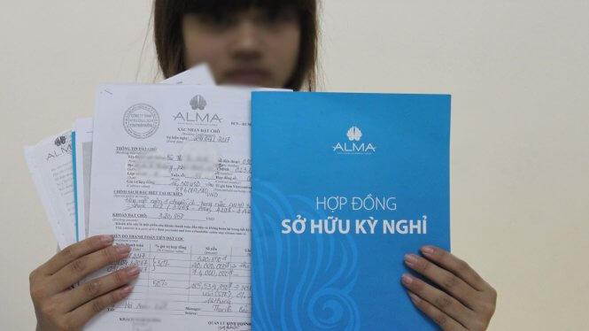 Hợp đồng sở hữu kỳ nghỉ của ALMA bị nhiều khách hàng cho rằng có nhiều điều kiện bất lợi cho khách - Ảnh: T.Lụa